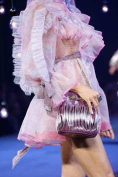 Marc Jacobs Spring 2017 Ready-to-Wear Accessories Photos - Vogue