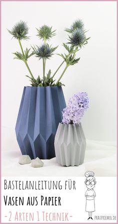 DIY paper vases - perfect for spring - DIY Papier - Vase ideen Origami Dog, Vase Origami, Origami Star Box, Origami Animals, Origami Tutorial, Origami Easy, Origami Folding, Origami Instructions, Origami Templates