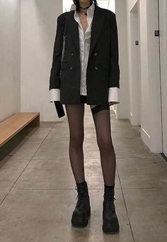 """still waiting for my legs to look like this"" Aesthetic Fashion, Look Fashion, Aesthetic Clothes, Korean Fashion, Quirky Fashion, Japanese Fashion, 90s Fashion, Looks Cool, Looks Style"