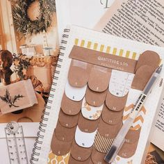 Top 12 Brown Bullet Journal Spreads from March! Planner Bullet Journal, Bullet Journal Spreads, Bullet Journal Ideas Pages, Bullet Journal Inspo, Bullet Journal Layout, My Journal, Journal Pages, Journal Notebook, Bullet Journals