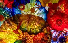 Dale Chihuly<br />Persian Ceiling<br />2008<br /><span style='font-weight:bold;color:red;'>4,5 x 8,5 m</span><br />San Francisco, de Young Museum<br />Photo Teresa Nouri Rishel<br>
