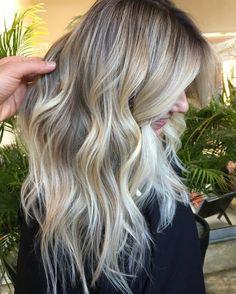 Balayage Blond : Le Charme dans 20 Modèles Inspirants | Coiffure simple et facile