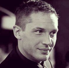 Photo of Tom Hardy - Tuck for fans of Tom Hardy. Tom Hardy - Tuck - This Means War Tom Hardy Haircut, Tom Hardy Variations, Tom Hardy Movies, Tom Tom Club, Tom Hardy Photos, Sir Anthony Hopkins, Raining Men, Good Looking Men, Best Actor