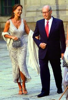 vestido novia clasica - Buscar con Google