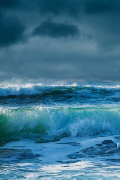 http://musts.me/post/74453493908/e4rthy-sea-fever-by-milouvision