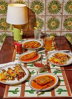 Alex Lau - food — 2D Creative Artists Food Styling, Food Photography Styling, Photography Ideas, Product Photography, Life Photography, Retro Recipes, Vintage Recipes, Food Flatlay, Photo Food