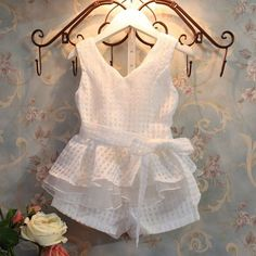 Girls dress new girls clothes fashion kids vests suit children& clothing for girls grid suit Girls Fashion Clothes, Little Girl Fashion, Fashion Kids, Style Clothes, Clothes For Girls, Dress Fashion, Korean Fashion, Summer Clothing, Fashion Sandals