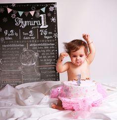 CAKE SMASH | Pasta Patlatma Çekimi | Konsept Fotoğraf Flower Girl Dresses, Wedding Dresses, Baby, Pasta, Bride Dresses, Bridal Gowns, Weeding Dresses, Wedding Dressses, Baby Humor