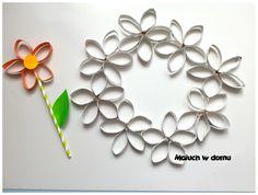 Kwiaty z papierowych rolek