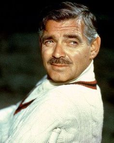 Clark Gable the king of hollywood What a man! Golden Age Of Hollywood, Vintage Hollywood, Hollywood Stars, Classic Hollywood, Clark Gable, Divas, Movie Market, Classic Movie Stars, Classic Movies