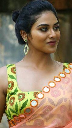 Beautiful Girl Indian, Beautiful Girl Image, Most Beautiful Indian Actress, Cute Beauty, Beauty Full Girl, Beauty Women, Beautiful Bollywood Actress, Beautiful Actresses, Angels Beauty