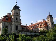 Netradičné kaštiele na západnom Slovensku, ktoré si zaslúžia pozornosť – Sóda San Francisco Ferry, Building, Travel, Viajes, Buildings, Destinations, Traveling, Trips, Construction