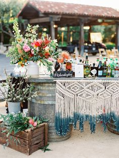 Wedding bar with macrame details