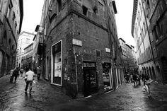 La Croce del Travaglio - Foto di freddie lwin su https://www.flickr.com/photos/120173828@N03/14433402623/lightbox/ -  #Siena #CroceDelTravaglio
