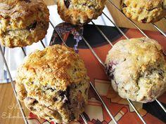 Receta de scones escoceses, panecillos típicos de Escocia para un desayuno o merienda deliciosos.