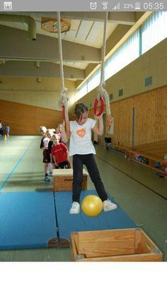 Picture result for kindergarten ideas gymnastics Crossfit Kids, Kids Gym, Exercise For Kids, Pe Activities, Gross Motor Activities, Gross Motor Skills, School Sports, Kids Sports, Preschool Gymnastics