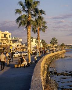 Paphos, Cyprus take me back! I wish i spent more time there. Tiffany will be back voor budget vakantie bezoek budgetholiday. Places To Travel, Places To See, Cyprus Paphos, Cyprus Holiday, Visit Cyprus, Cyprus Greece, English Castles, Holiday Places, Beautiful Places To Visit