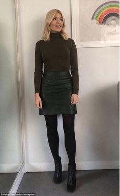 20 ideas how to wear skirts in winter tights 2020 – dress outfits with t… 20 ideas how to wear skirts in winter tights 2020 – dress outfits with tights dresses to wear with tights dresses with black tights dresses with tights Black Tights Outfit, Winter Skirt Outfit, Dress Winter, Winter Dresses, Black Work Outfit, Winter Outfits, Green Tights, Outfit Jeans, Work Fashion