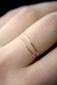 Hammered thin stacking ring – New fashion rings – Hammered thin stacking ring, … Gehämmerter dünner Stapelring – Neue Mode-Ringe. Jewelry Rings, Silver Jewelry, Fine Jewelry, Silver Rings, Dainty Jewelry, Handmade Jewelry, Simple Jewelry, Jewelry Box, Jewelry Armoire