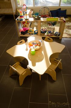 community playthings table & chairs