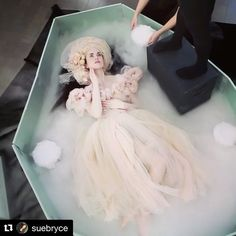 Amazing BTS video @suebryce!! #famousbtsvideo ________________ Repost @suebryce: Join me Tuesday the 13th LIVE photographing with dry ice with @tatiana_lumiere who specializes in dry ice and fine art portraits. suebryceeducation.com Added by us: #behindthescenes #bts #backstage #studio #studiophotography #fashion #fashionphotography #model #setlife #famousbtsmagazine #famousbtsmag #famousbtsvideo