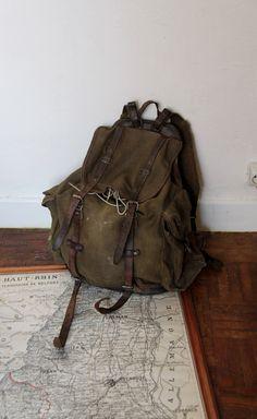 Sac à dos militaire ancien LAFUMA / vrai objet de collection / Holy10