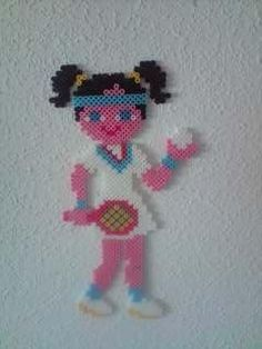 sandylandya@outlook.es  Girl tennis Hama Perler beads por MEMEKAN