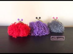 Hello, today i will show you how to make a grass stitch coin purse! Instructions for grass coin purse by write here . Instructions for chain stitch here . Crochet Pouf, Crochet Purses, Crochet Bags, Coin Purse Tutorial, Crochet Videos, Chain Stitch, Single Crochet, Ravelry, Knitting Patterns