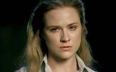Analizziamo il personaggio Evan Rachel Wood in Westworld 2 ascoltando le stesse parole dell'attrice che ci fornisce degli indizi su come si evolverà.