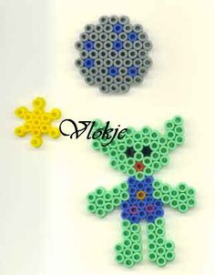 sandylandya@outlook.es  alien hama perler beads