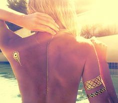 Summer love Metallic flash tattoo