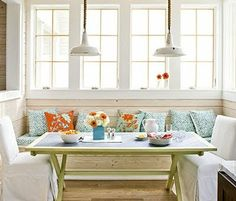 This type of dining would look perfect in our new home! Definitely going to present this to the hubby :)