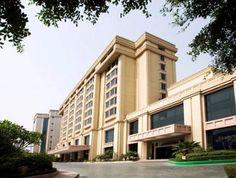 British architecture in Delhi is impressive, Visit Hotel New King Delhi