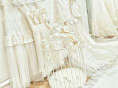 #white #kafes #dress #shabbychic #vintage #shabbychicdecor #shabbychicdecoration