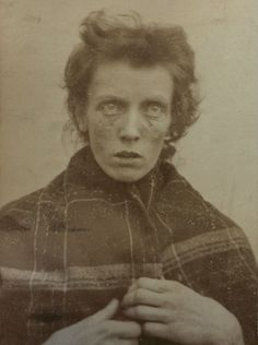 Haunted and haunting faces from early 20th century asylum inmates