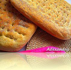 Greek Desserts, Greek Recipes, Bread Bun, Bread Rolls, Tasty, Yummy Food, Bread And Pastries, Sweet Bread, Hot Dog Buns