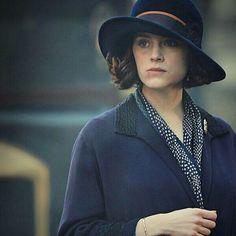 Ophelia Ralston, a friend of Mae's.