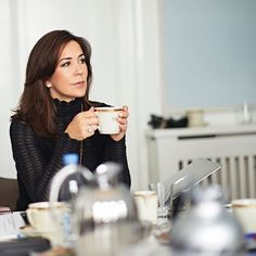 MybelovedCPMary — Crown Princess Mary in Ud & Se magazine. Crown Princess Mary, Mattel Barbie, Mary Donaldson, Danish Prince, Pictures Of Princesses, Denmark Fashion, Danish Royalty, Danish Royal Family, Princesa Diana