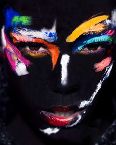 Colorful Make-Up / Avant Garde Look
