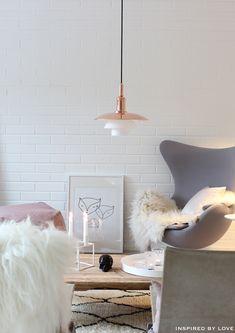 Lovely minimalist Scandinavian design // wonderful copper and white pendant light, white brick walls // gray chair // living room inspiration My Living Room, Living Room Chairs, Home And Living, Pastel Interior, Interior Styling, Interior Design, Living Room Inspiration, Interior Inspiration, Diy Originales