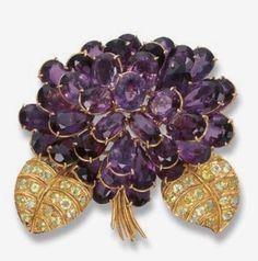 42af86bd12bee9f9ac26e4f7a79ba498--vintage-jewellery-jewellery-box.jpg 698×706 pixels