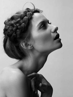 I love this finest black and white portrait photography faces. Korean Model, Portrait Inspiration, Hair Inspiration, White Photography, Portrait Photography, Photography Ideas, Fashion Photography, Tattoo Week, Street Style Inspiration