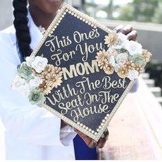 Graduation Party Themes, Graduation Cap Toppers, Graduation Cap Designs, Graduation Cap Decoration, Graduation Photoshoot, Nursing Graduation, Graduation Diy, Graduation Pictures, Grad Pics