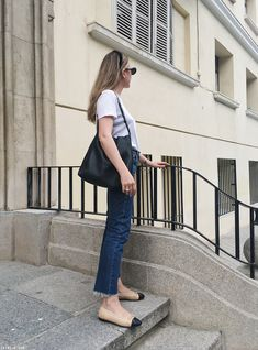 Classy Outfits For Women, Casual Dresses For Women, Casual Outfits, Fashion Outfits, Clothes For Women, French Chic Fashion, Over 60 Fashion, Minimal Outfit, Classy Casual