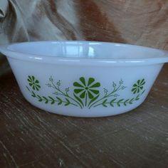 Primrose Baking Dish Casserole Bowl McKee Glasbake by sweetrice, $10.00