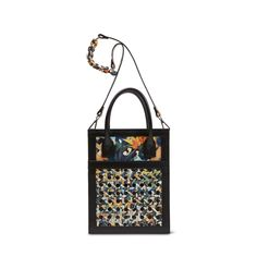 Handbags, small leather goods and home accessories with a sense of uniqueness and relaxed elegance. Kimono Pattern, Flower Bag, Small Leather Goods, Bago, Shoulder Bag, Vienna, Tote Bag, Accessories, Collection