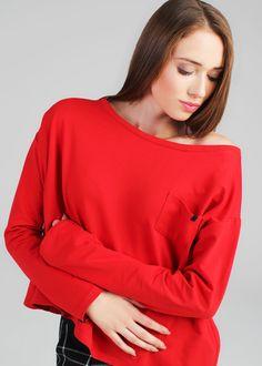 ❗️Czerwona bluza na naszej pięknej Kasi   ❗️Red sweatshirt on our beautiful Kasi
