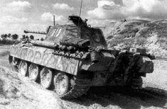 Military Art, Military History, Luftwaffe, Tiger Tank, Ww2 Photos, Tank Destroyer, Model Tanks, Ww2 Tanks, World Of Tanks
