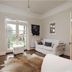 Living room in Slipper Satin