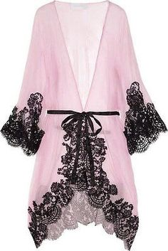 Every woman needs a sexy robe. Rosamosario 'Mezza Luna' Silk Crepe and Lace Robe via the Lingerie Addict. It would be impossible not to feel like a screen goddess walking around the house in this sheer gown with black lace. Kimono Lingerie, Sexy Lingerie, Lingerie Bonita, Lingerie Babydoll, Belle Lingerie, Pretty Lingerie, Wedding Lingerie, Beautiful Lingerie, Vintage Lingerie